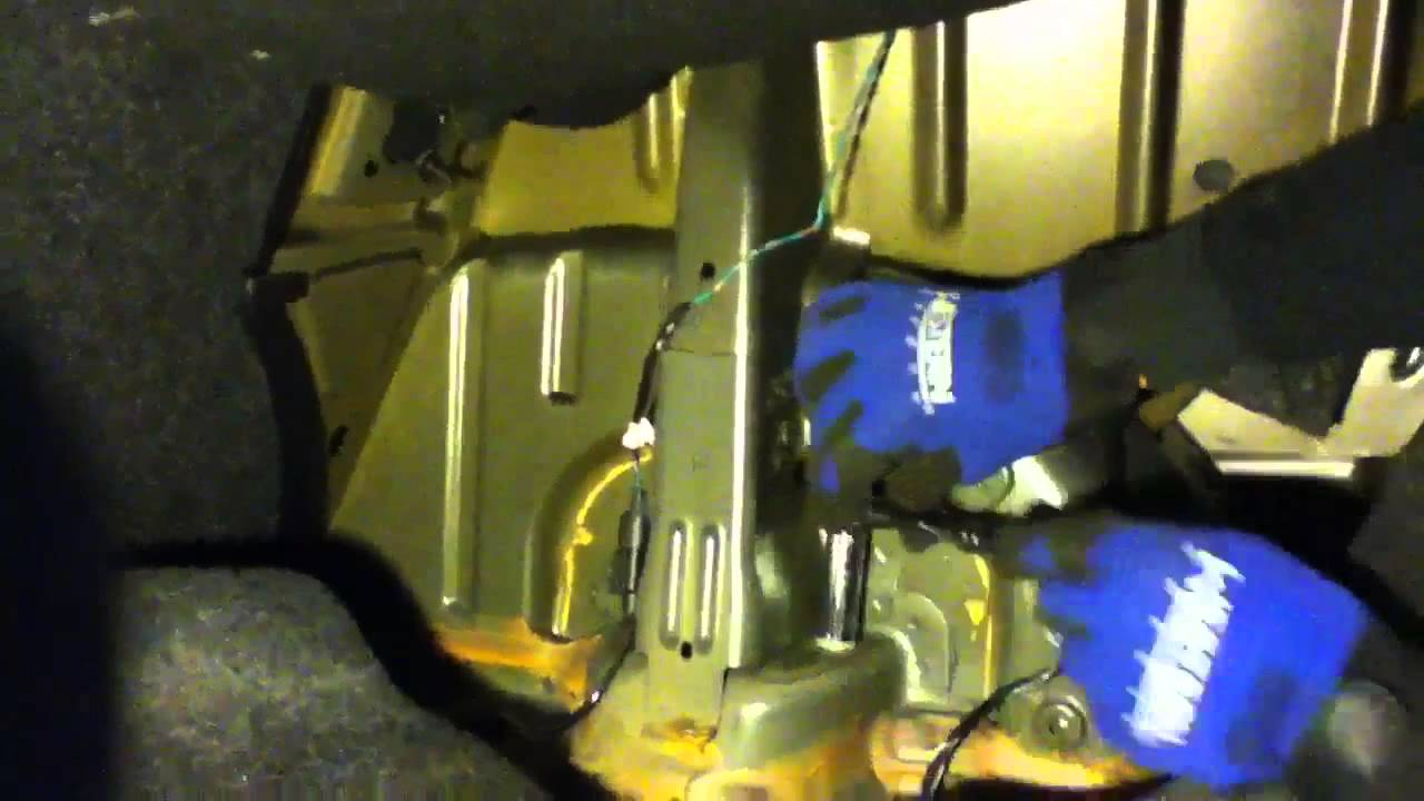 2012 Dodge Avenger Rear Strut Removal