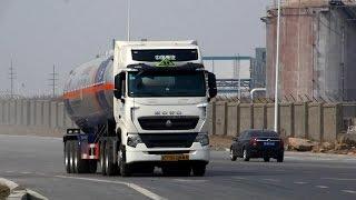 sinotruk HOWO manufacturer china truck factory tipper dump truck tractor 336 371 420 6*4 8*4