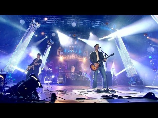 Boyce Avenue — Daylight / Tonight (Original Song) — Live at the MTV EMAs Belfast 2011