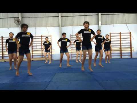 Aerobic - I am a superstar - TA3B CĐSPTW Nha Trang