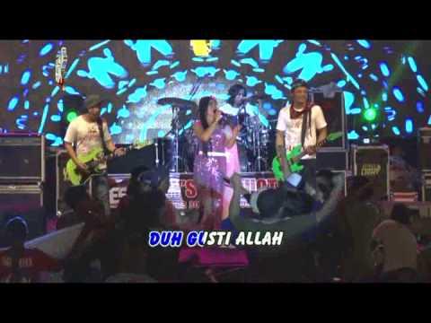 Yeyen Vivia - Kelayung Layung (Official Musik Video)