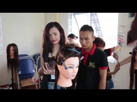 HOC VIEN TOC LINK Q+: Dạy cắt tóc, dạy uốn xoăn cơ bản, dạy uốn xoăn nâng cao