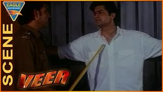 Veer Movie || Arman Kohli Fight to Escape From Police Station || Dharmendra || Eagle Hindi Movies