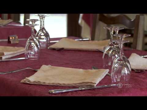 Restauration,chambres D'hôtel,tourisme,vallée Du Lot,la Canourgue - HOTEL RESTAURANT DU COMMERCE