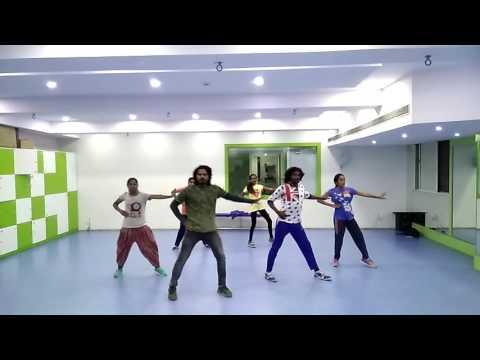 Doddmane Huduga II Thraas Aakkathi Song II Punith & Radhika