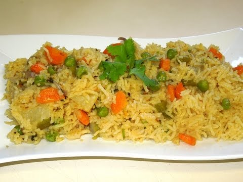 Vegetable Rice (pulav/pulao) in MICROWAVE By Veggie Recipe house