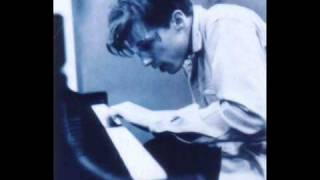 Glenn Gould plays Bach BWV 847