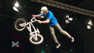 2nd BMX Dirt Jump - Brett Banasiewicz @ Telekom Playgrounds - Duisburg 2011.mp4
