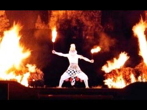 AMAZING Ramayana Ballet - HANUMAN Burns Down ALENGKA - Prambanan Indonesia [HD]