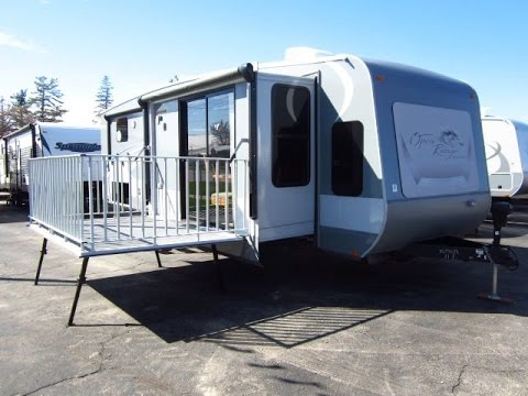 HaylettRV.com - 2015 Journeyer 340FLR Patio Deck Travel Trailer by Open Range RV