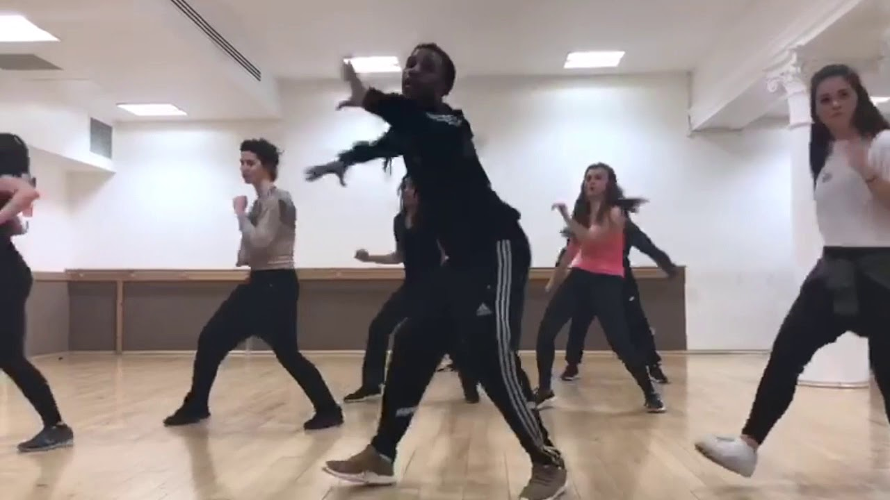 Download BOBBY BROWN - Every little step choreography with Chris Ribz