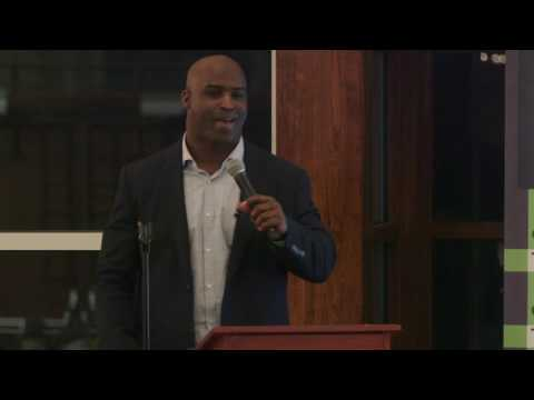 No More Running: Former NFL Running Back Ricky Williams Shares His Struggle with Social Anxiety