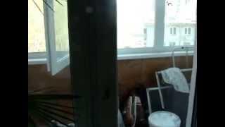 Как открыть пластиковую дверь с лицевой стороны если оторвалась ручка(Разверните Описание- Группа в контакте http://vk.com/club66582069 1.Я (Артём Соловьёв) http://vk.com/artem.soloviev.and.ritter.wolif 2.Я (Мария..., 2014-04-30T09:09:42.000Z)