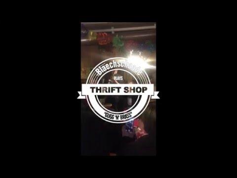 Blächschaade Basel spielt Thrift Shop im Schoofeck 2016