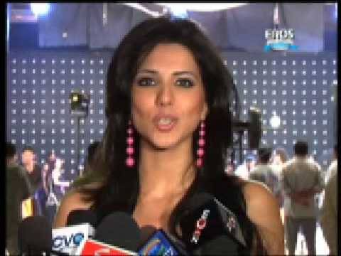 Hot sizzling dance item number on Location of film Ek Second...Jo Zindagi Badal De