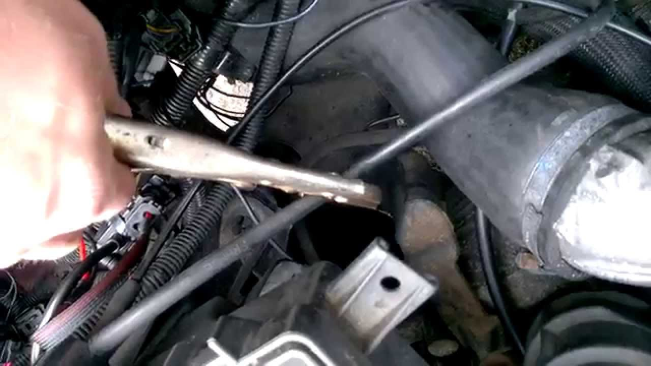 Volvo S60 D5 Vacuum Leak Tracing Youtube