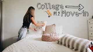 UO COLLEGE MOVE IN VLOG PT 2   DECORATING & MAKING IT TO THE GAME??
