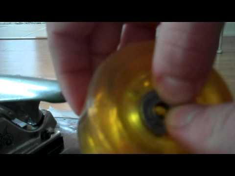 how to clean skateboard trucks and wheels