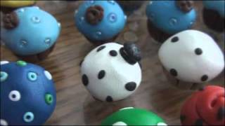 101 Polymer Clay Cupcakes! [[Sculpey Charms Collection // Creations.]]