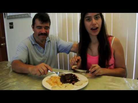 "HOW TO: Make Mole the ""Banuelos"" Way!"