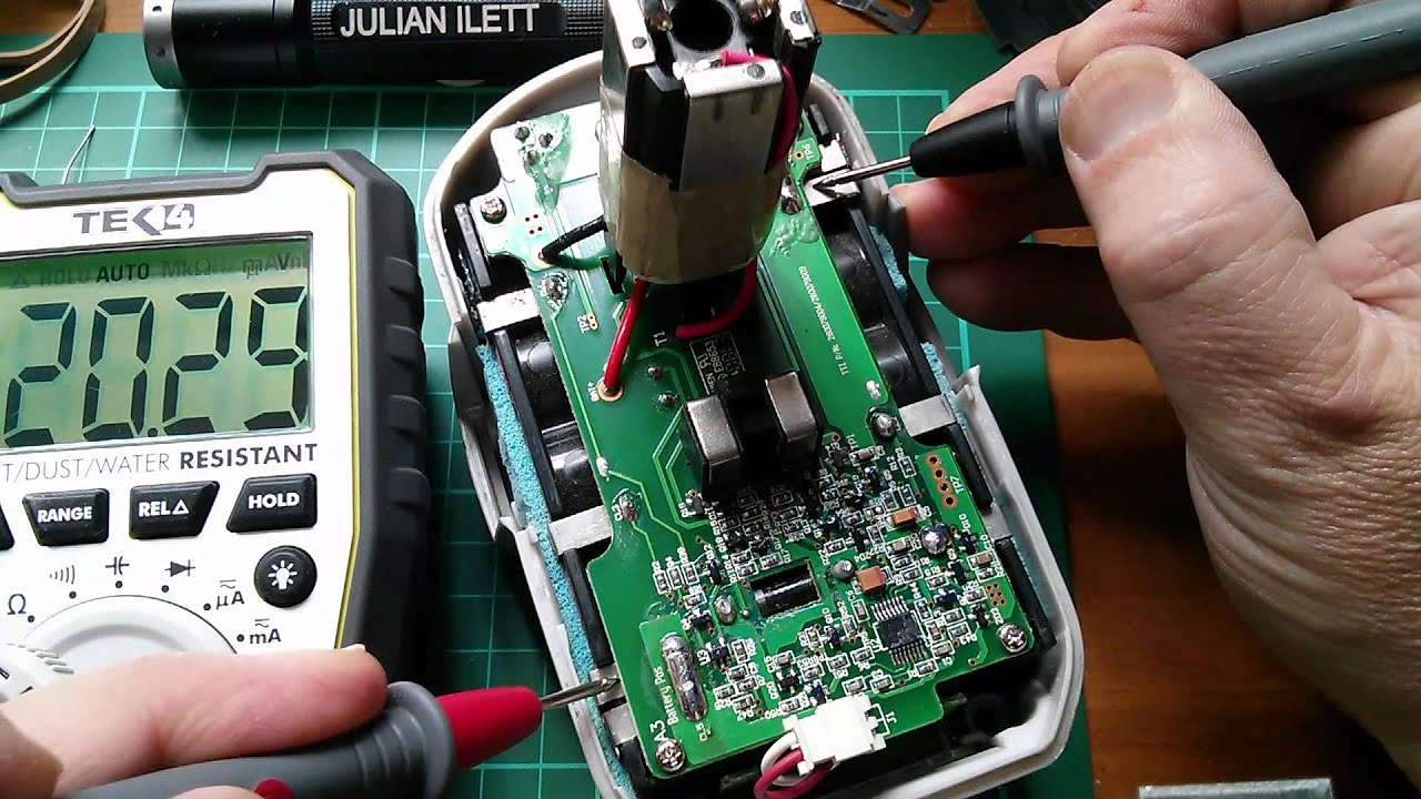 Fixing 18v 2 4ah Ryobi Lithium Power Tool Batteries Youtube