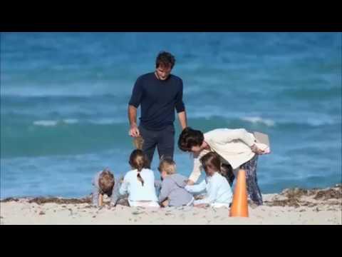Roger Federer's Wife & Kids - 2017