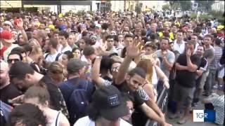 Baixar 2016-06-25 TG3 Veneto report about fans waiting for Queen + Adam Lambert in Piazzola sul Brenta