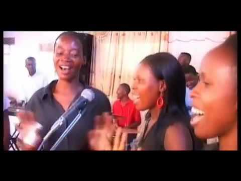 Download Twina Herbert - Sabisanira (Official Video) (Ugandan Gospel)