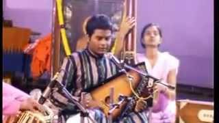 Ramakant Gaikwad Raag Jogkauns live @ Sangvi Dutt Ashram Dec 2012.