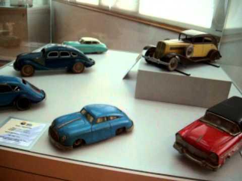 juguetes-de-hojalata-(a-toda-velocidad)