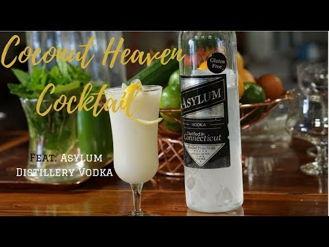 This Coconut Vodka Cocktail Is Heaven In A Glass