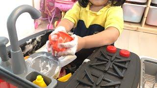 3人のママは大変!!お料理ごっこ お皿洗いのおもちゃでお片付け 寸劇 Pretend Play as a Kitchen Sink Toy