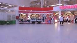 Tuulosen kauppakeskuksessa