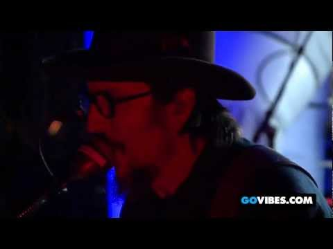 "Primus Performs ""Tommy The Cat"" at Gathering of the Vibes 2012"