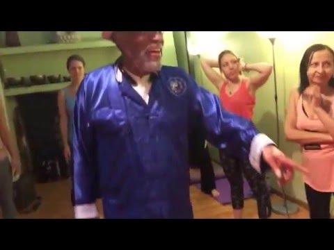 Chinese Medicine Yoga - Dancing Qigong