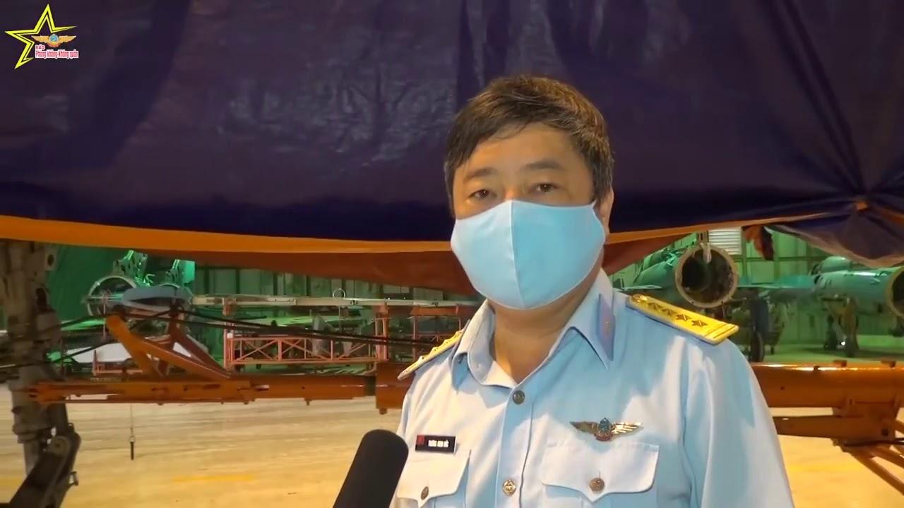 Nhà máy A32 sơ tán máy bay chiến đấu tránh bão số 5