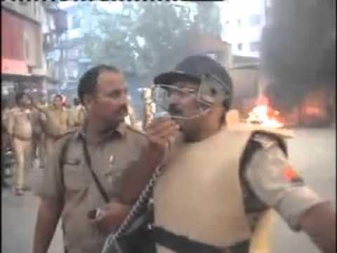 Varanasi police patience. ..must watch