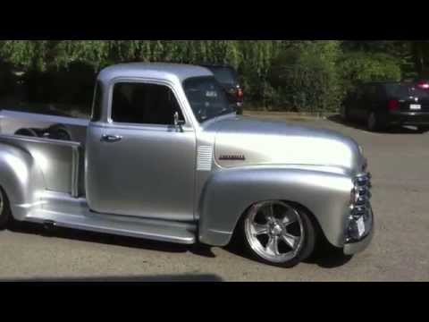 Hot 52 Chevy Pickup Street Rod