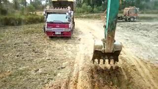 ลองขับรถแบคโฮKobelco sk140-8 ไปชมครับ Excavator