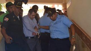 Momento cuando llevan preso a sobrino de Monchy Fadul