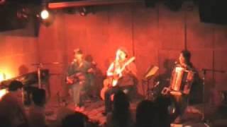 2009年7月4日SACT!でのうたたね de Parisのライブから 沖縄民謡「てぃん...