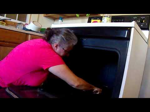 Clean with Me: Oven and Stove Top