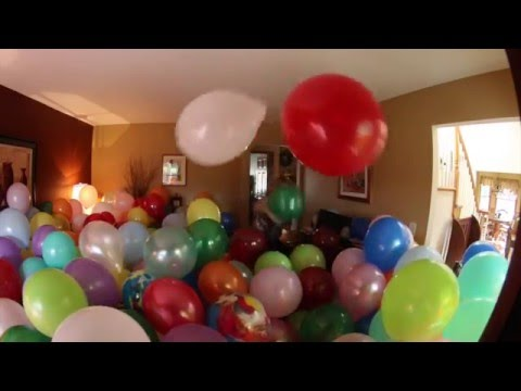 ROOM OF BALLOONS PRANK ON MOM!