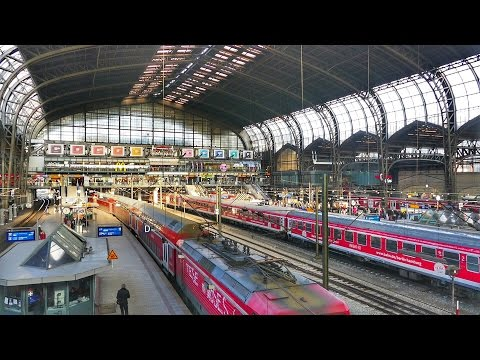 Zugverkehr im Hamburger Hauptbahnhof