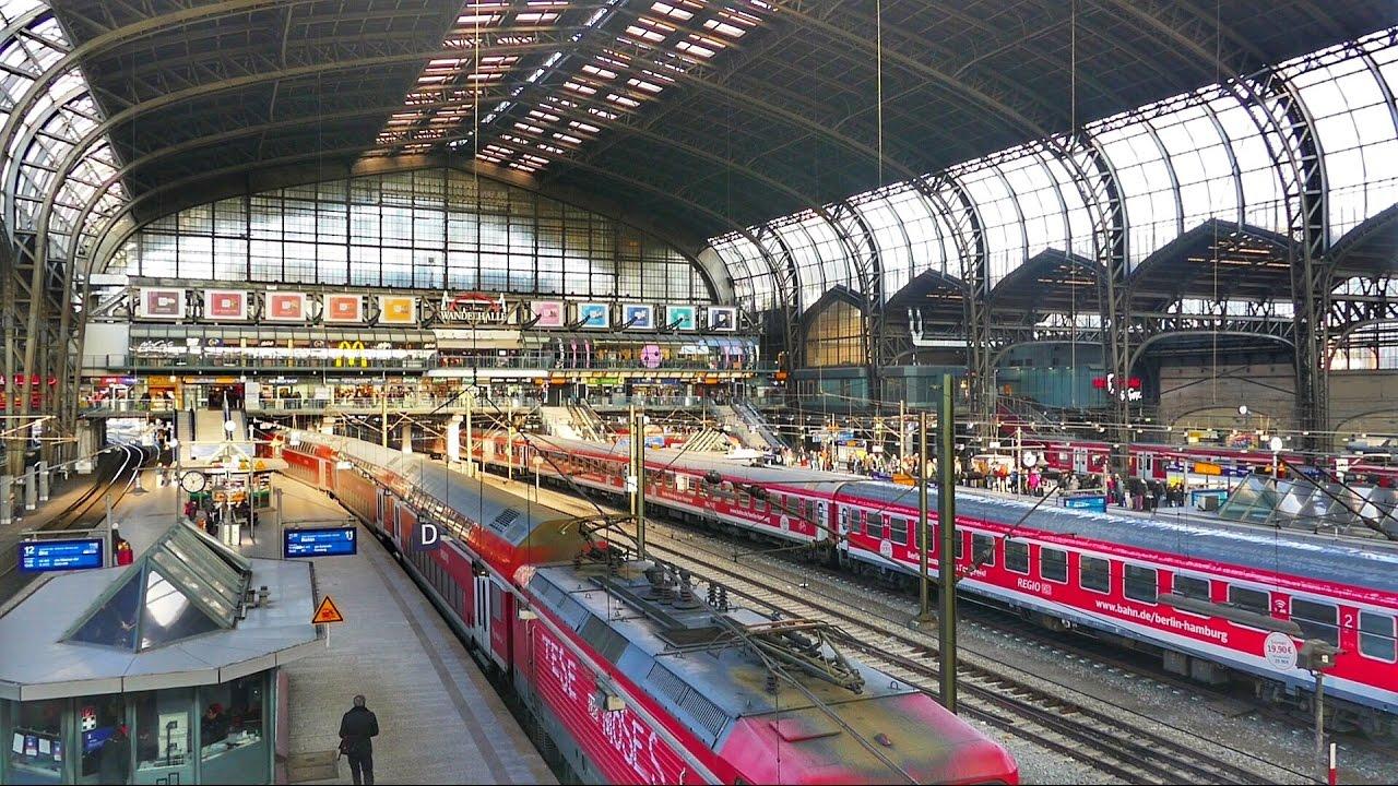 Zugverkehr im Hamburger Hauptbahnhof - YouTube