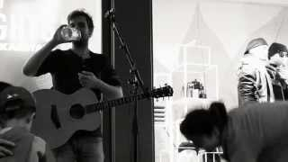 JOHNNY JUKEBOX live Chasing Cars (Snow Patrol Cover)