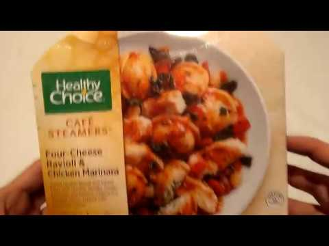 Making Healthy Choice Cafe Steamers Four-Cheese Ravioli & Chicken Marinara (Microwave)
