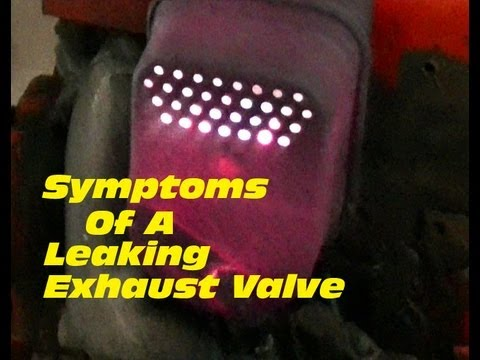 SYMPTOMS Of A Leaking Exhaust Valve On A 4 Cycle Engine - Sparks Coming Out  Of Muffler