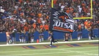 University of Texas at San Antonio Flag Runner