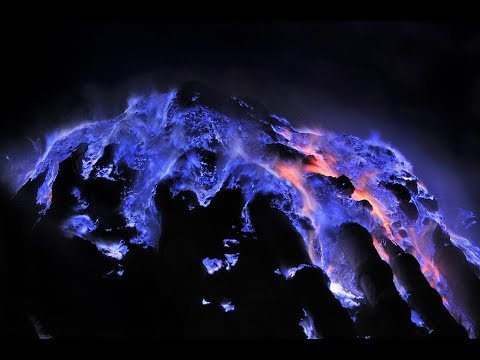 L'Extraordinaire Enfer du Volcan Kawah Ijen - Java, Indonésie
